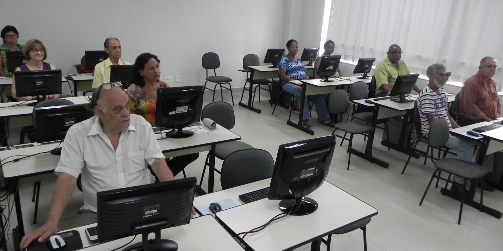 Escola de Informática inicia semestre com mais de 250 alunos