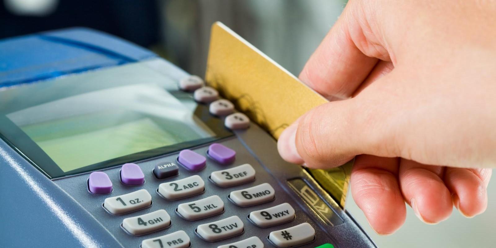 Vantagens e desvantagens do cartão de crédito para o lojista