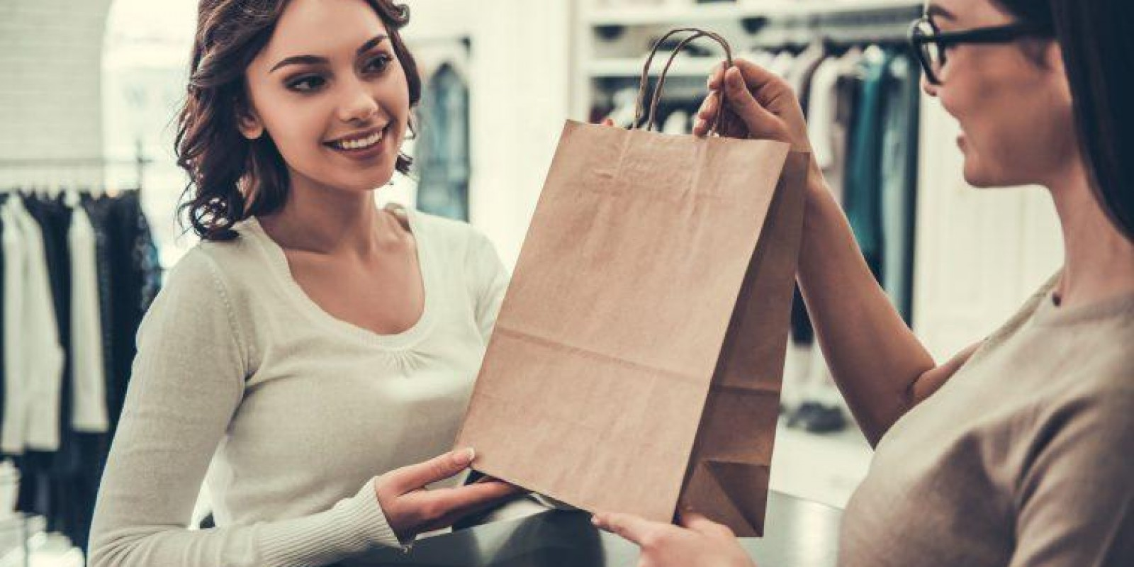 Qualidade no atendimento: 6 dicas para fidelizar seus clientes
