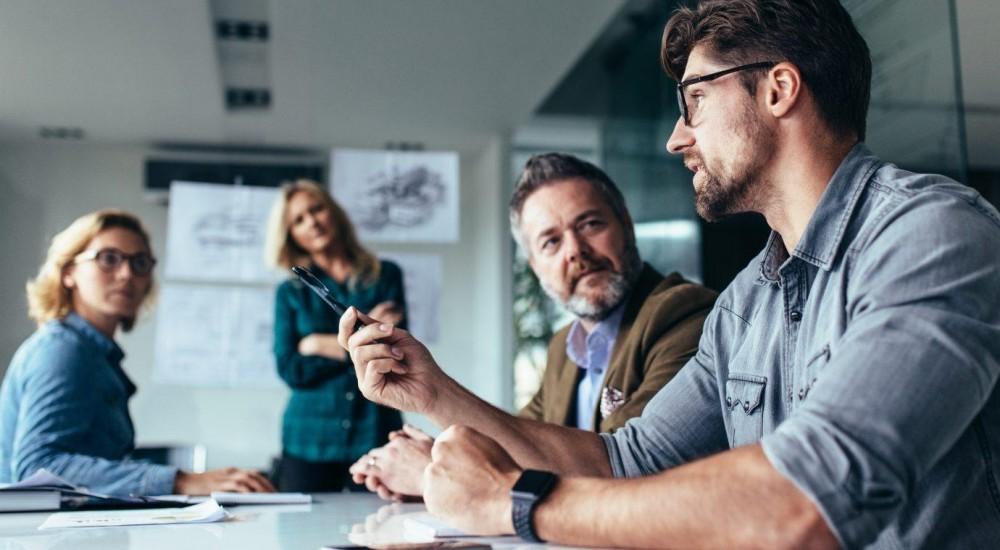 [Qual a idade dos empresários bem-sucedidos no setor de tecnologia?]