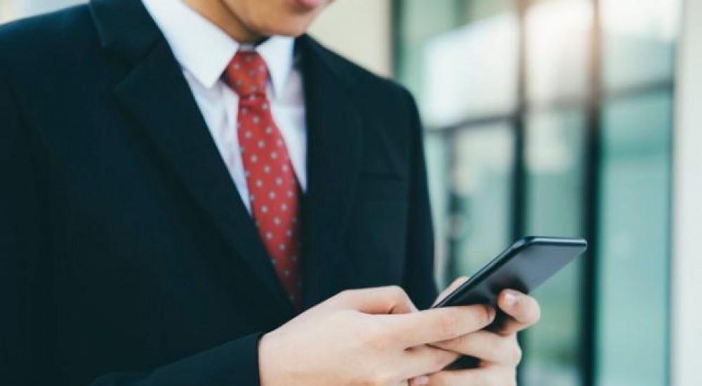 [WhatsApp no trabalho pode resultar em dispensa por justa causa?]