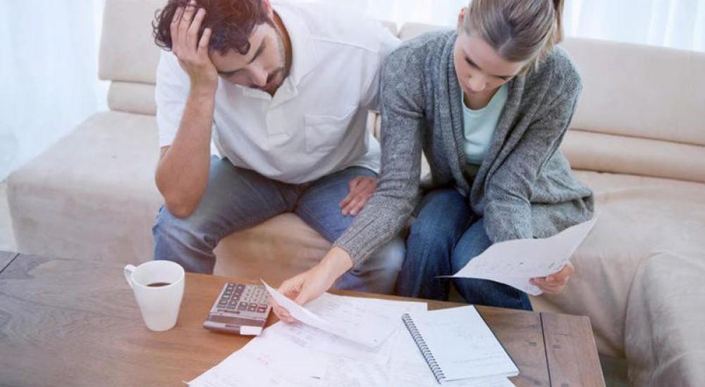 [Cresce o número de brasileiros que conversam sobre o orçamento familiar em casa, aponta pesquisa CNDL/SPC Brasil e Banco Central]